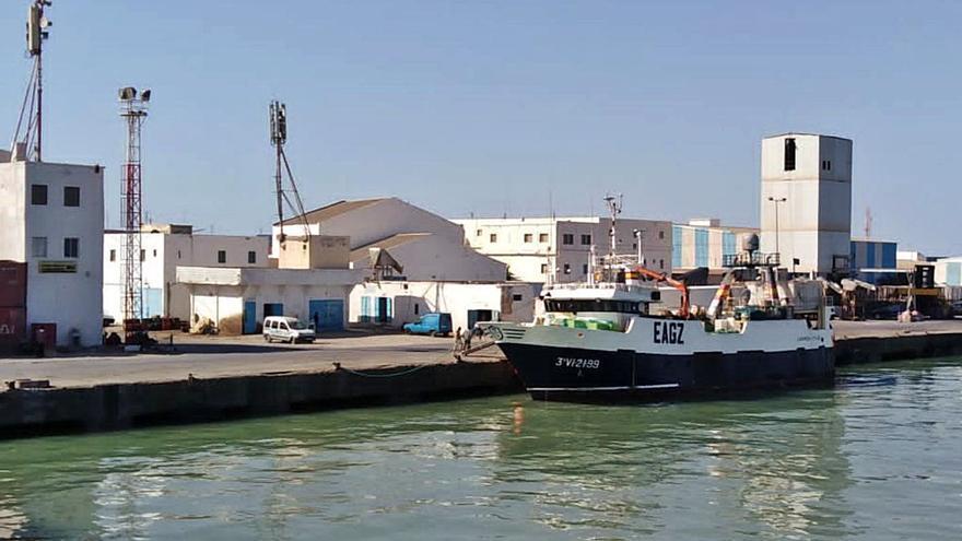 Mauritania se enroca con la UE mientras la pesca China crece en el país