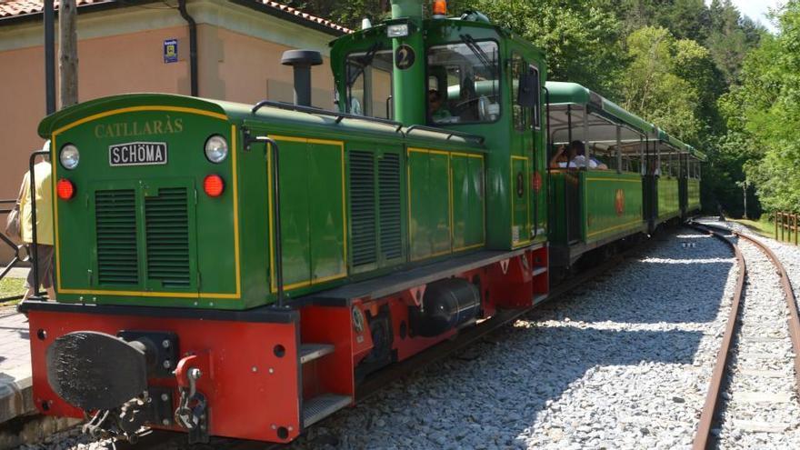 FGC posa en marxa la Molina  i el tren del ciment el dia 20