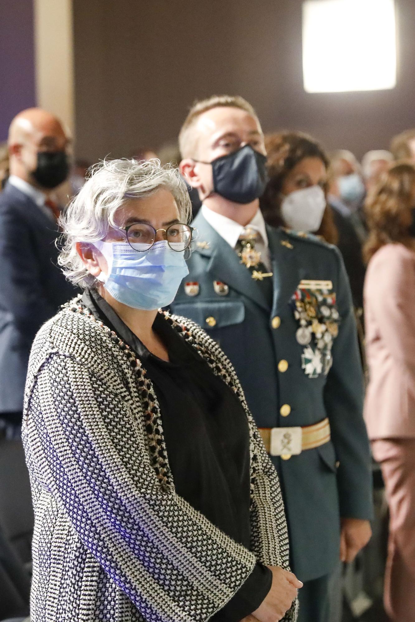 """La Guardia Civil, orgullosa de  su """"imparable"""" misión en Gijón"""