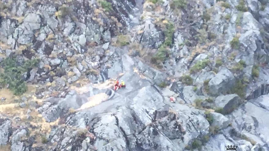 Rescatada en helicóptero una joven senderista herida en el Cañón del Tera