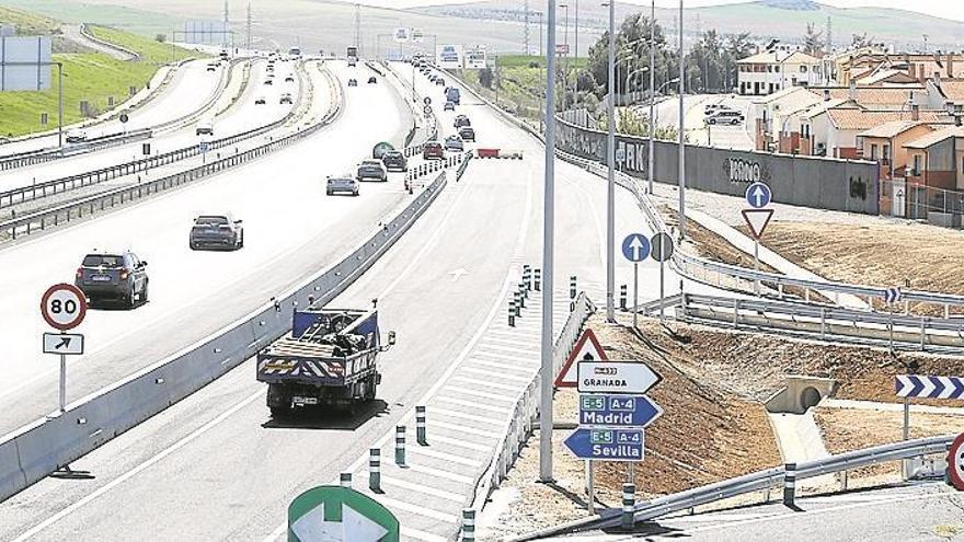 Mejoras para reducir el tráfico que llega al Puente de Andalucía