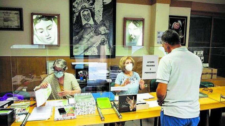 La cofradías de Zamora seguirán cobrando cuotas para atender la labor social
