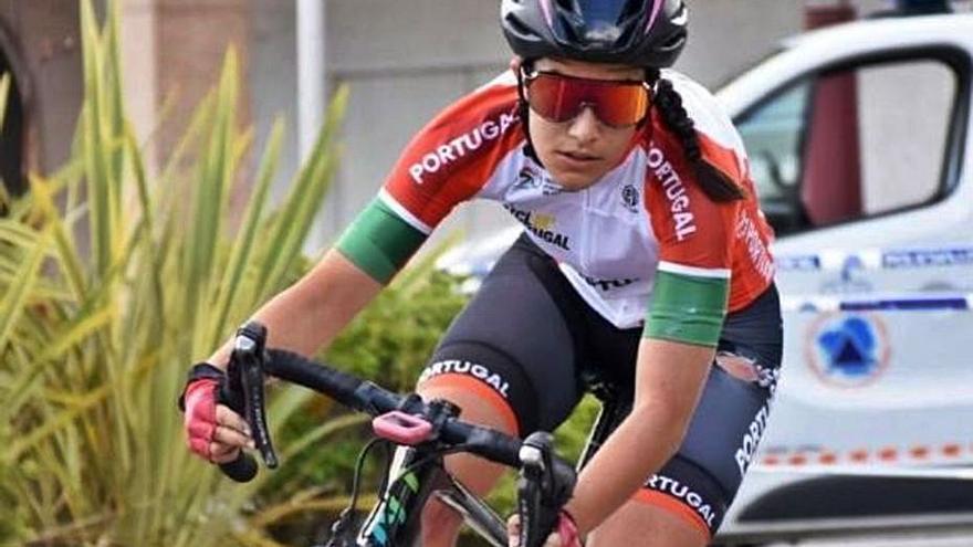 El Massi-Tactic fitxa sis ciclistes més