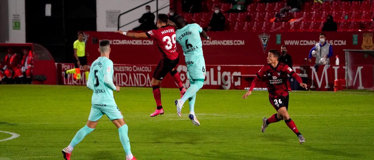 Babin salta con Moreno