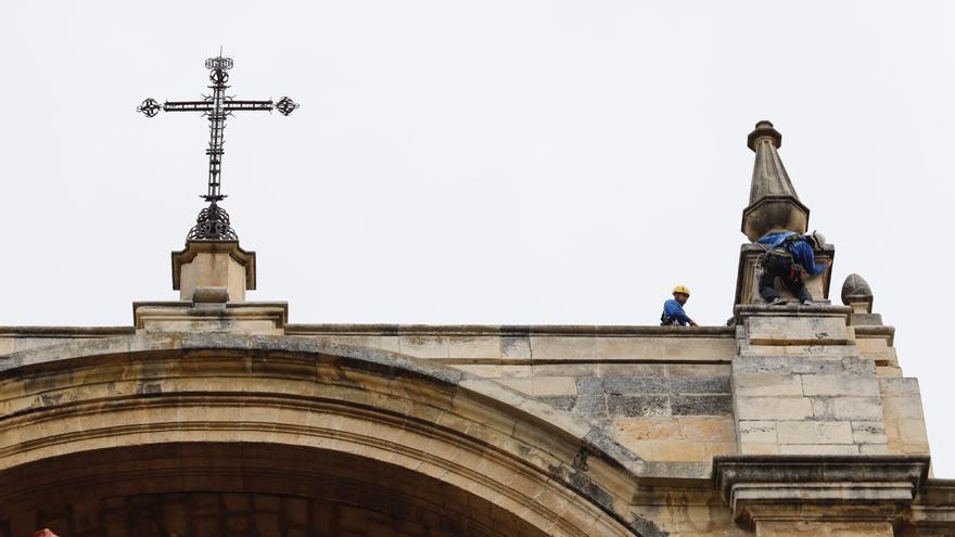 Los canarios son los terceros que menos marcan la X de la Iglesia en la Declaración de la Renta
