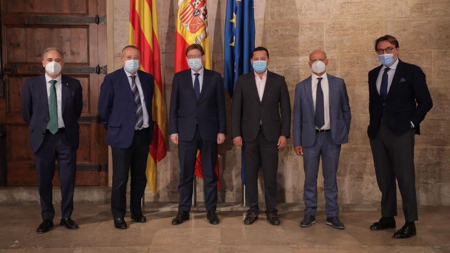 La Generalitat y los clubs valencianos de Primera unen fuerzas para la vuelta del público a los estadios