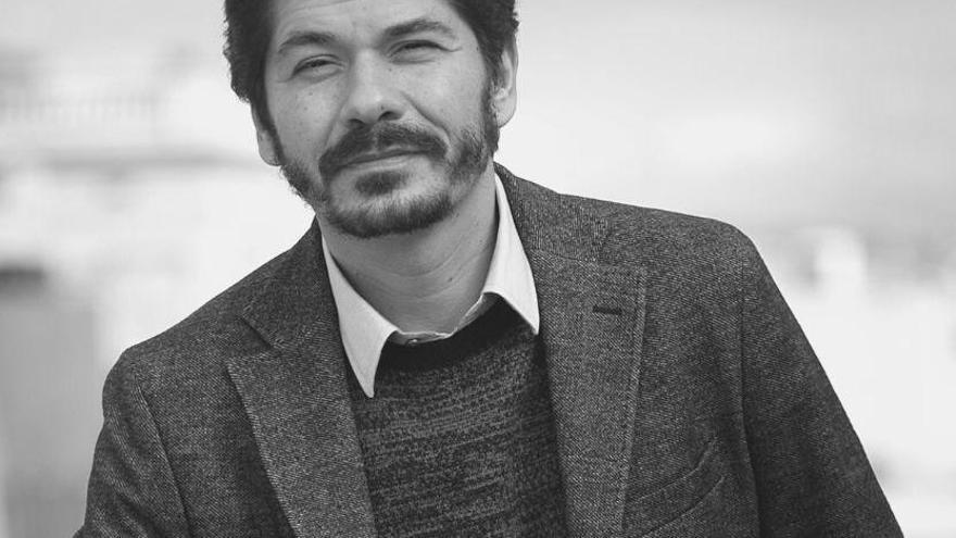 Encuentro con el escritor mexicano Juan Pablo Villalobos
