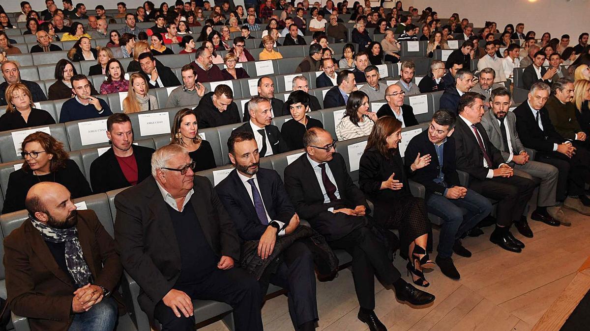 El publico, durante la Gala do Deporte da Coruña e a súa Comarca celebrada el año pasado en el Ágora. |  // VÍCTOR ECHAVE