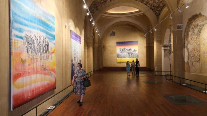 Dos visitas guiadas descubren el espacio cultural Santa Catalina