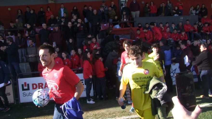 El «partit dels famosos» de la Marató de TV3, a Olot