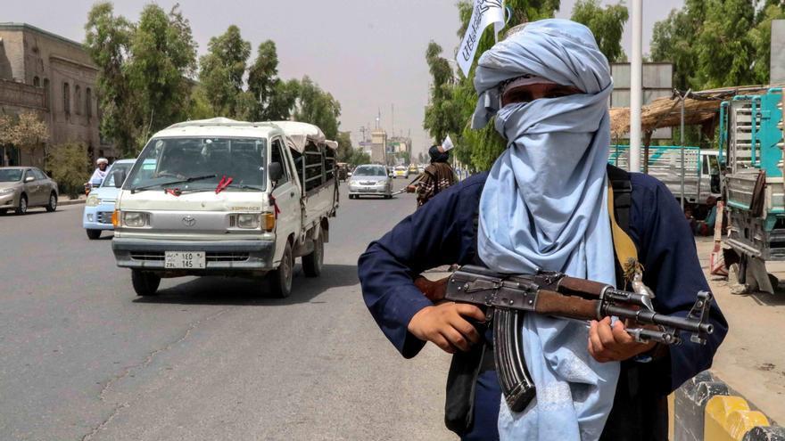 Hospedar a Osama Bin Laden, un error de los talibán con altos costes