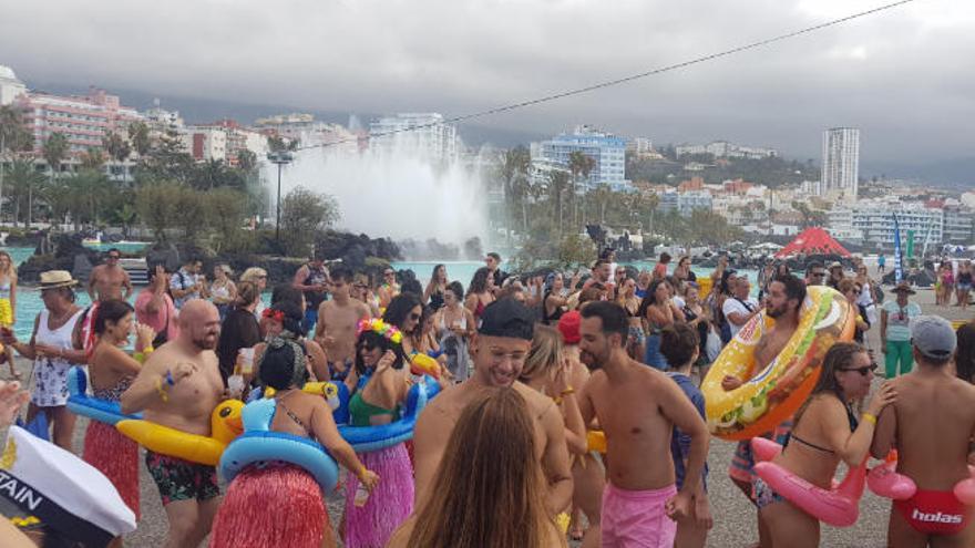 El baile más familiar pone este domingo el cierre al Carnaval de Verano 2019