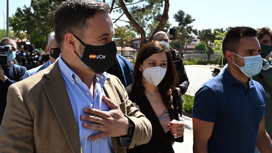 Vox propone que Ceuta revoque la declaración de Abascal como persona 'non grata'