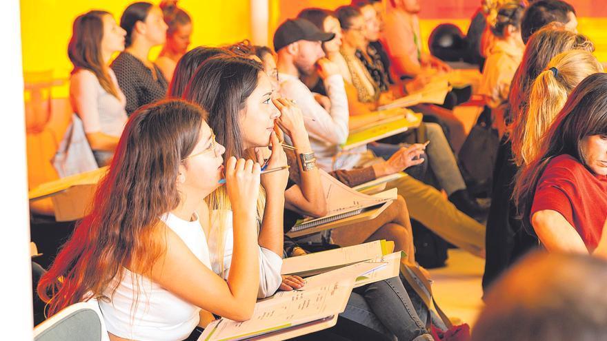 Ingenión 2021 organiza talleres centrados en la comunicación, la gestión de los negocios online, las redes sociales, el 'networking' y los recursos públicos