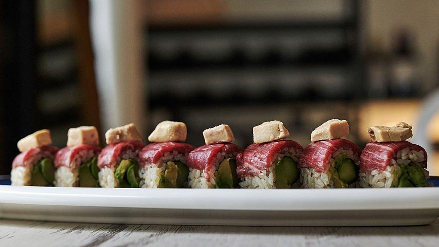 Las noches de Bendita Katalina presenta su nueva carta de sushi y gastronomía japonesa