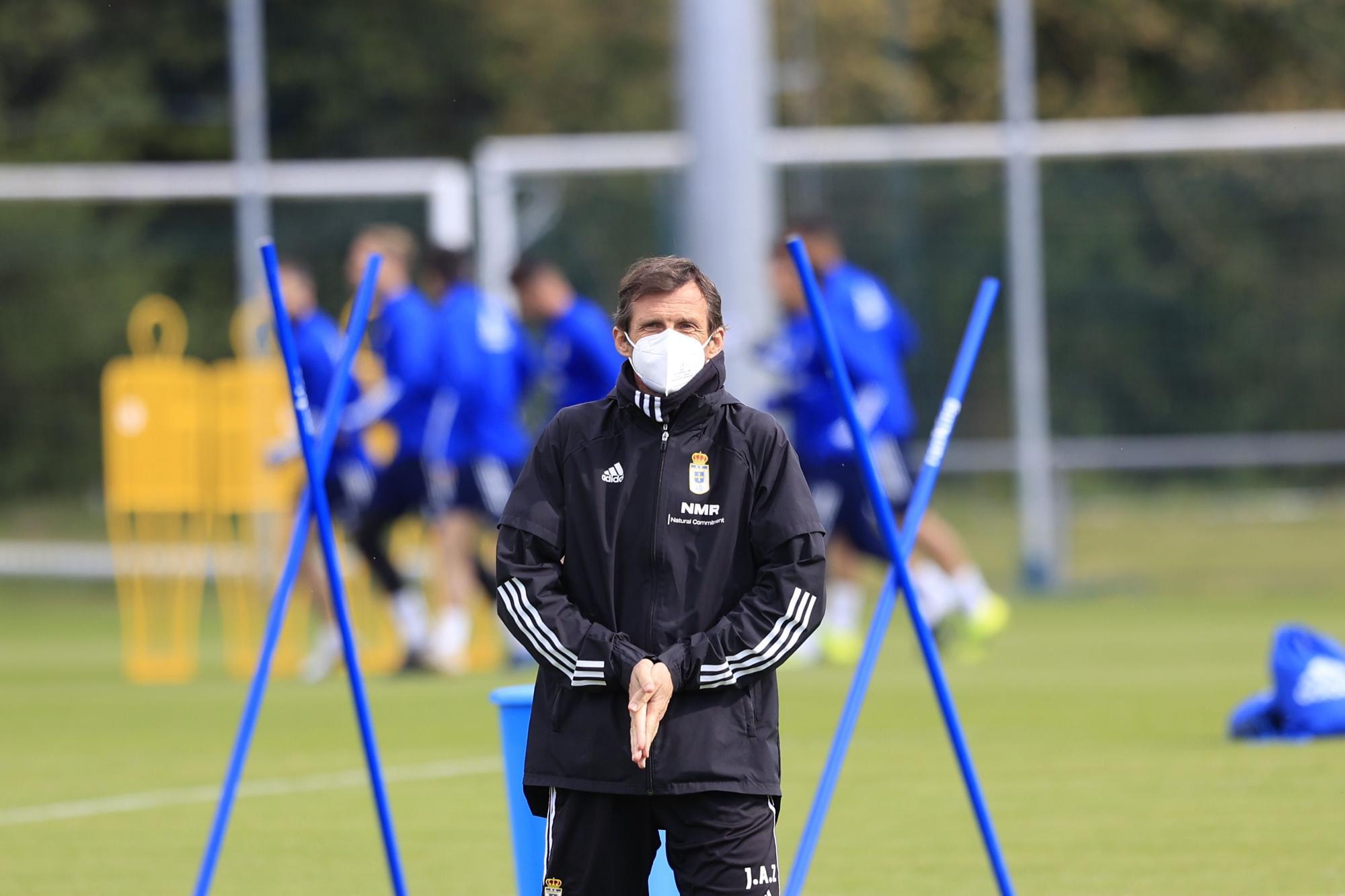 Las imágenes del último entrenamiento del Oviedo antes del derbi