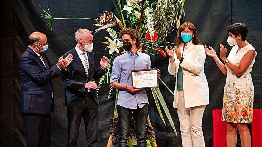 Puigcerdà entrega el premi Aucer al preuniversitari 2021 amb millor nota