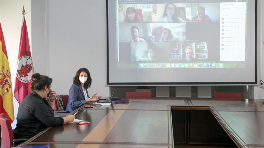 La ULL contará con tres asistentes para impulsar la docencia en inglés