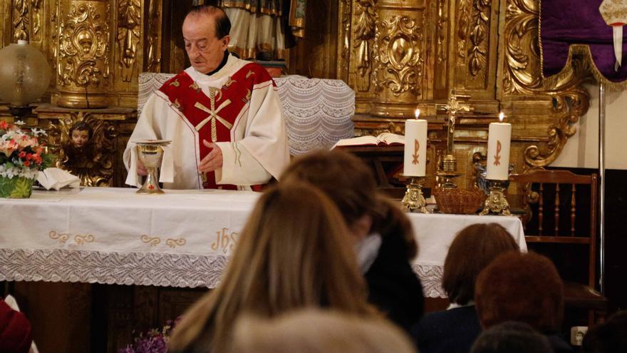 Emilio Santiago Lorenzo deja de ser capellán del cementerio de Zamora