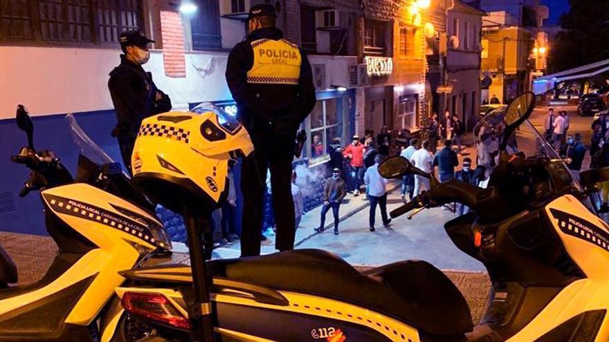 Sábado 'movidito' para la Policía en Caravaca: locales llenos, botellones y reuniones privadas