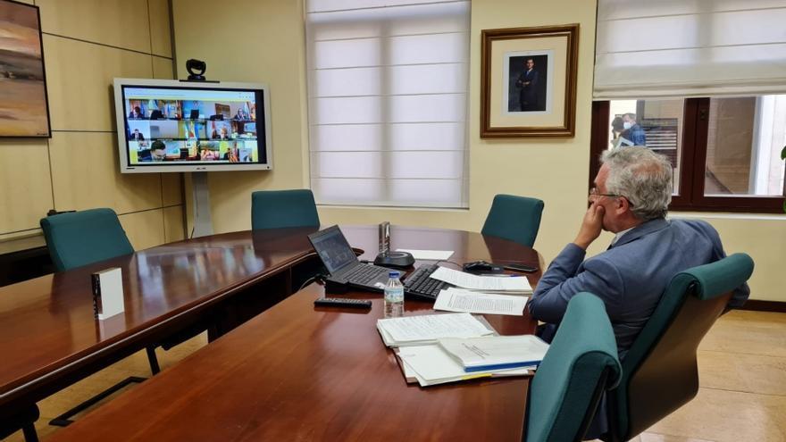 """Olona confirma que la reforma de la PAC está """"vista para sentencia"""" sin atender las reclamaciones de Aragón"""