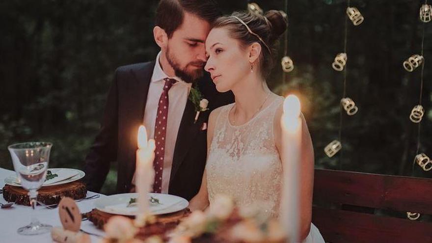 """""""Som d'Hisenda i hem vingut a embargar teu casament"""""""