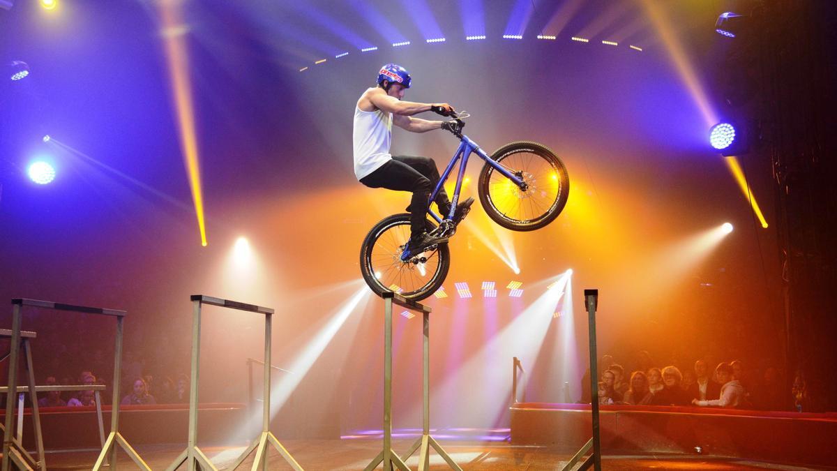 L'espectacle de bicicleta acrobàtica de Jonathan Rossi que es podrà veure a 'Nits de Circ'