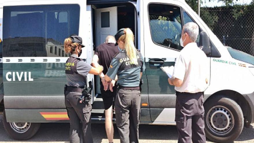 Tres detenidos por intentar introducir droga en la cárcel