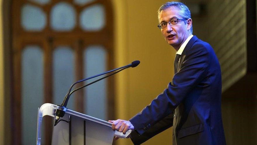 """El Banco de España reclama a los partidos """"acuerdos políticos y sociales amplios"""""""