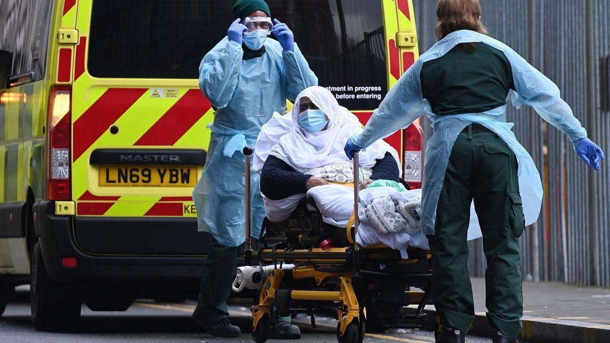 El Reino Unido alcanza un nuevo récord, con 1.820 muertos por coronavirus en un día