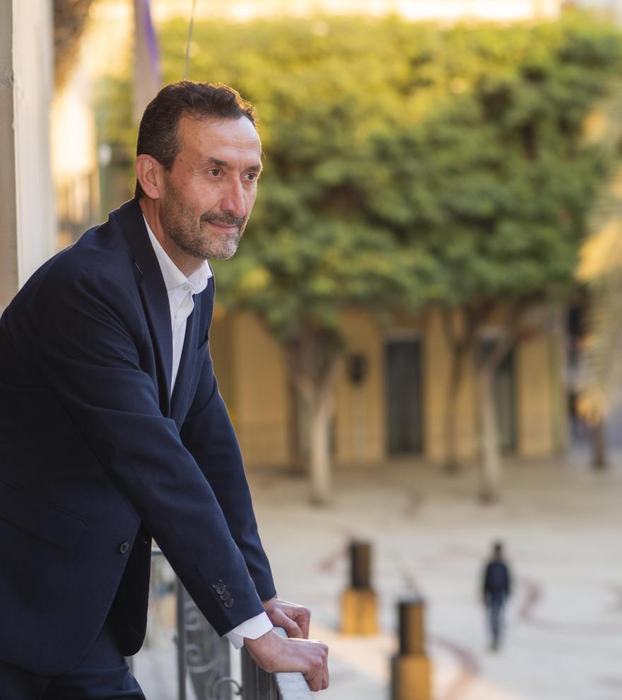 Carlos González, alcalde del Ayuntamiento de Elche.