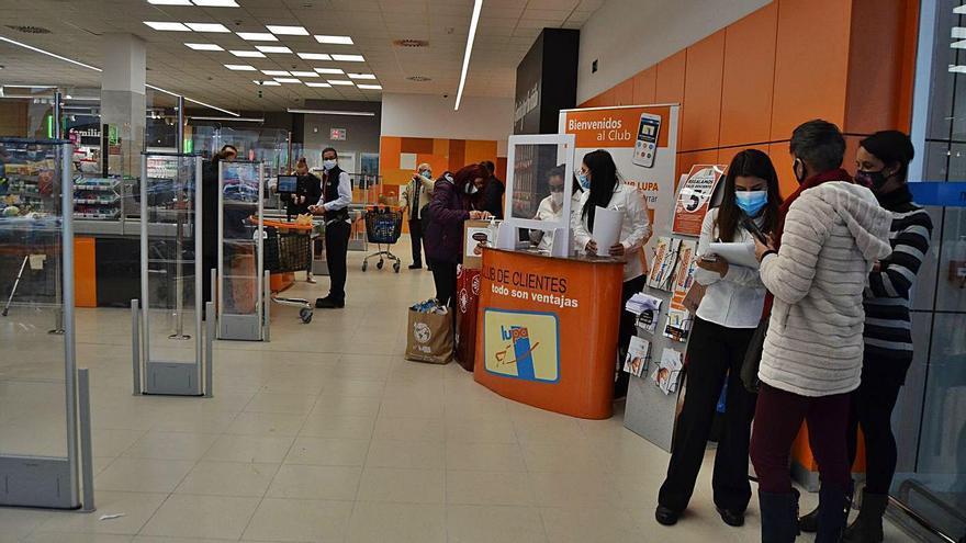 La supervicie comercial de Lupa, en Puebla, ayer durante su jornada inaugural. | A. S.