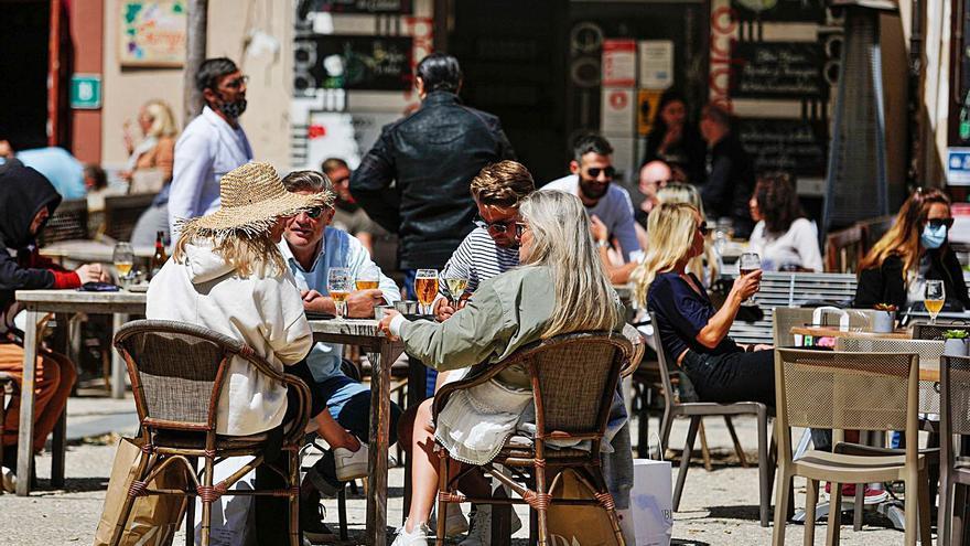 El Ayuntamiento de Ibiza no cobrará las licencias de terraza a los restaurantes y comercios de la ciudad