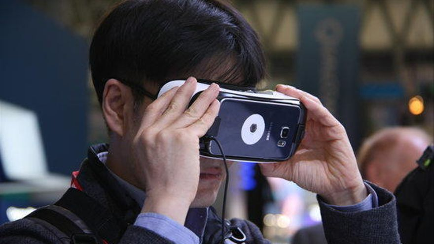 La intel·ligència artificial, la realitat virtual i el futur de la 5G obren el MWC