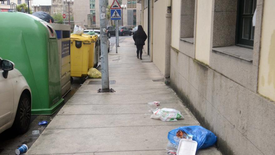 El PP de Vilagarcía teme que el aumento del coste del nuevo contrato de la basura repercuta en el recibo que pagan los vecinos