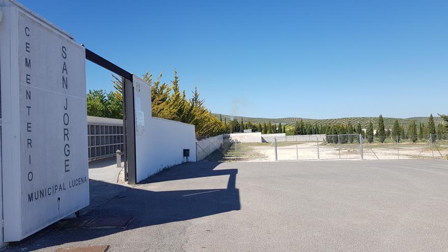Ciudadanos propone la construcción en Lucena de un cementerio ecológico para personas