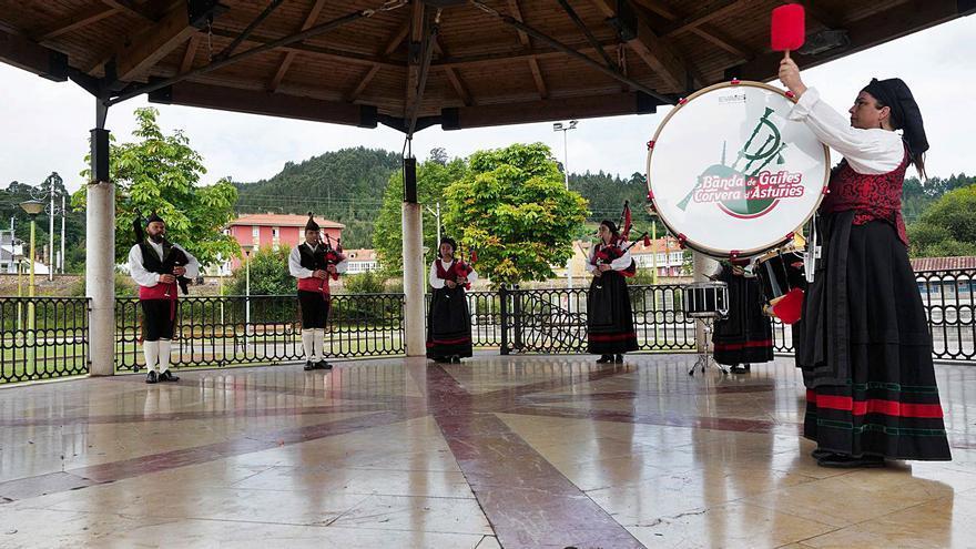 """Arrancan los Parques Musicales """"Cola música...a toles partes"""""""