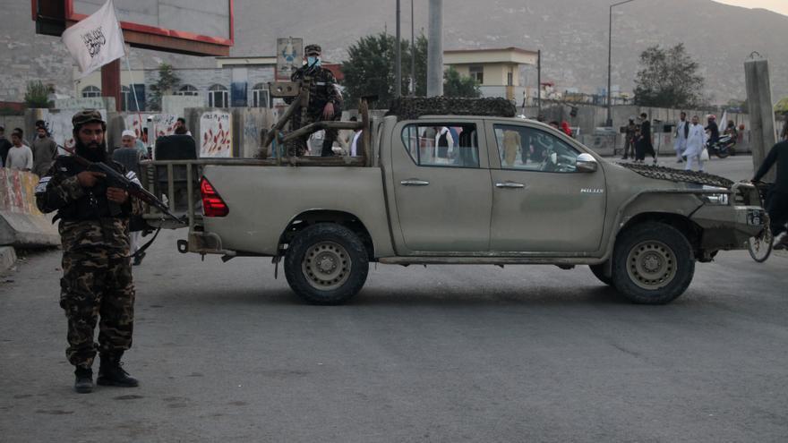 """EEUU califica de """"francas"""" sus conversaciones con los talibanes"""