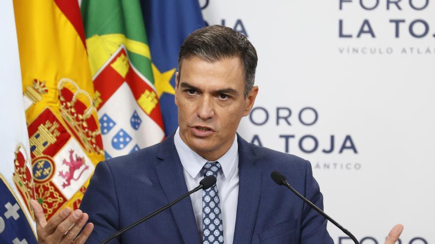 """Sánchez pide en Europa """"medidas extraordinarias"""" para contener el alza de precios de la electricidad"""