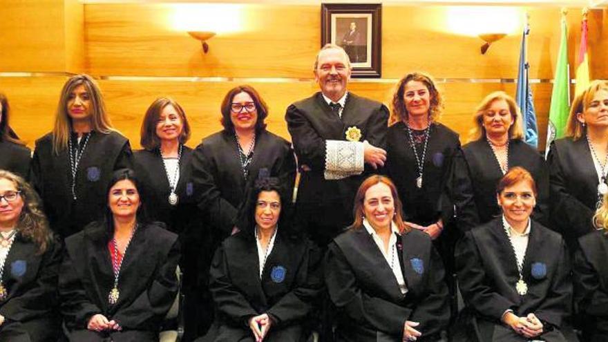 De procuradores para procuradores