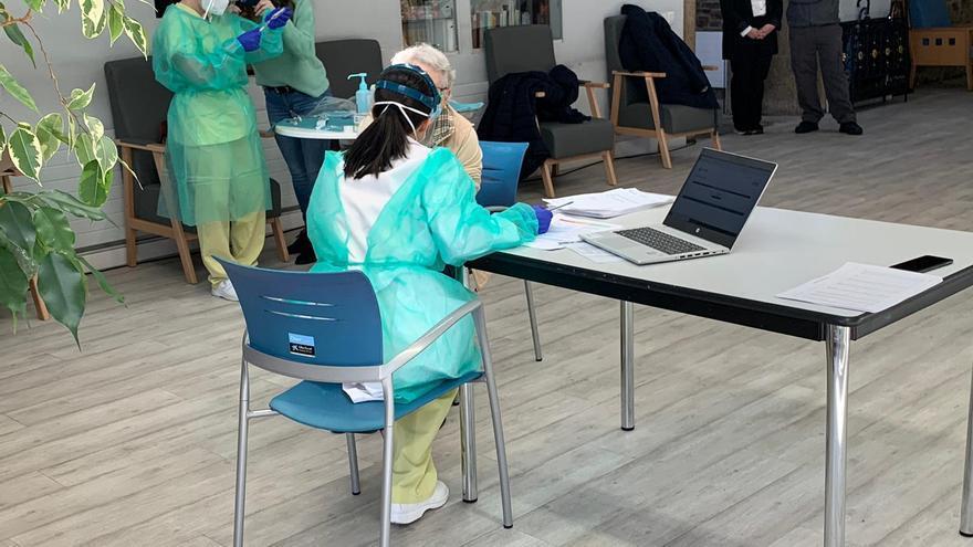 Galicia, lista para administrar mañana las primeras vacunas contra el coronavirus