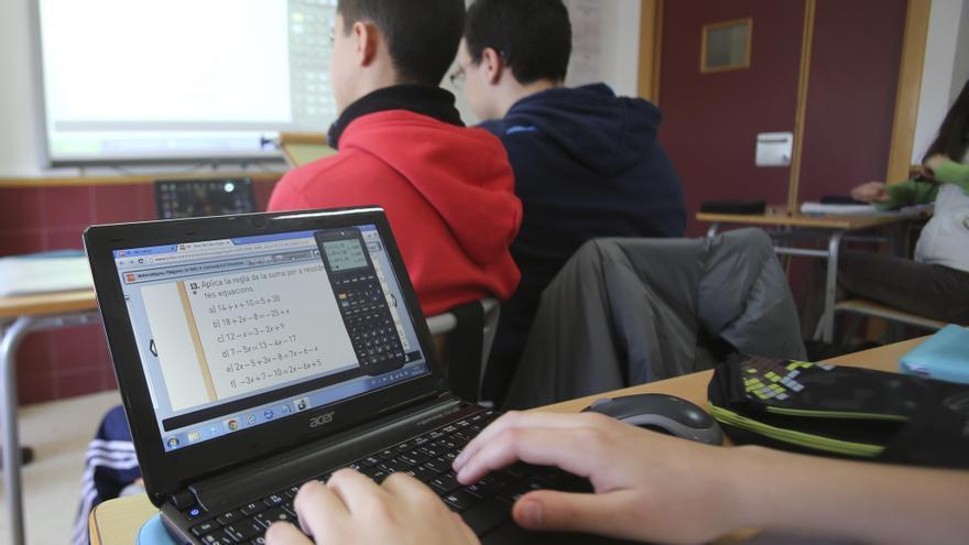 Educación mejorará el acceso a internet en los 600 centros públicos de la provincia