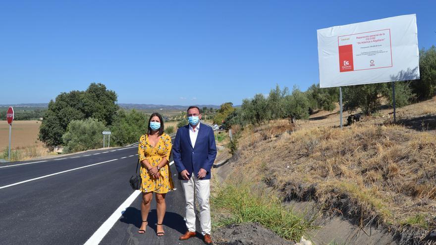 Culmina el arreglo de la carretera que une Algallarín con la autovía A-4
