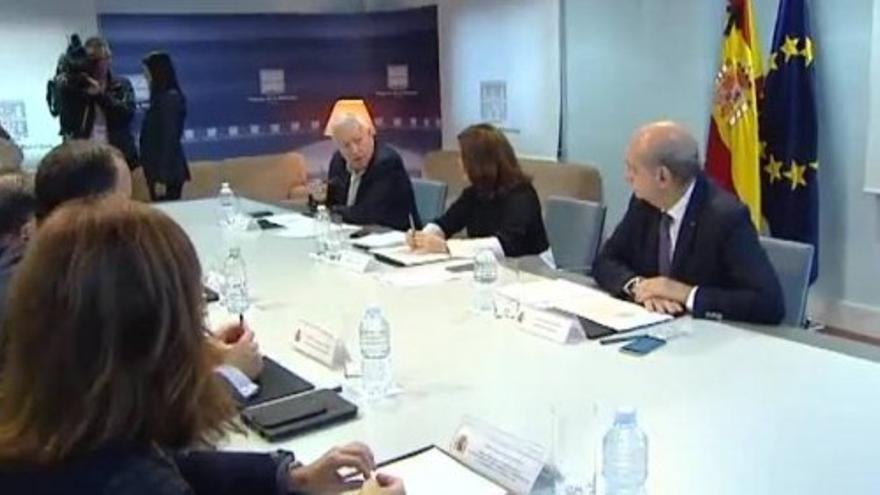 Sáenz de Santamaría se reúne en Moncloa con el director del CNI
