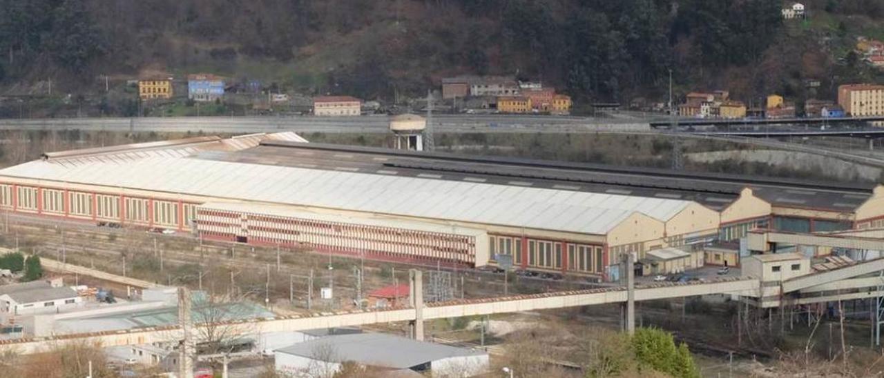 La factoría de Mieres Tubos, en el polígono de Sueros, en Mieres.