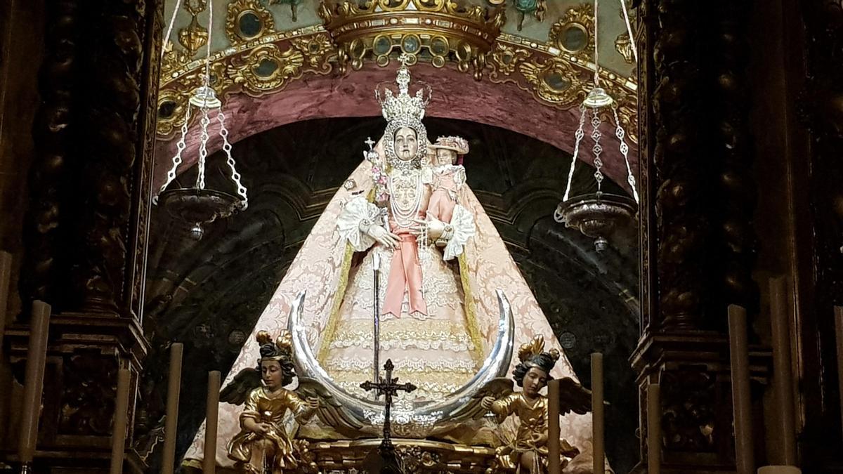 La imagen de la Virgen de Araceli será trasladada a Córdoba para su restauración.
