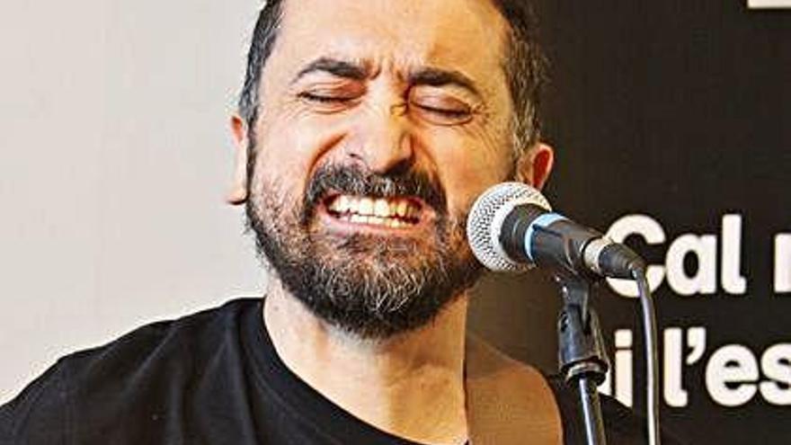 Feliu Ventura publica el clip de «Convocatòria»,  rodat a Xàtiva i a la sala Stroika