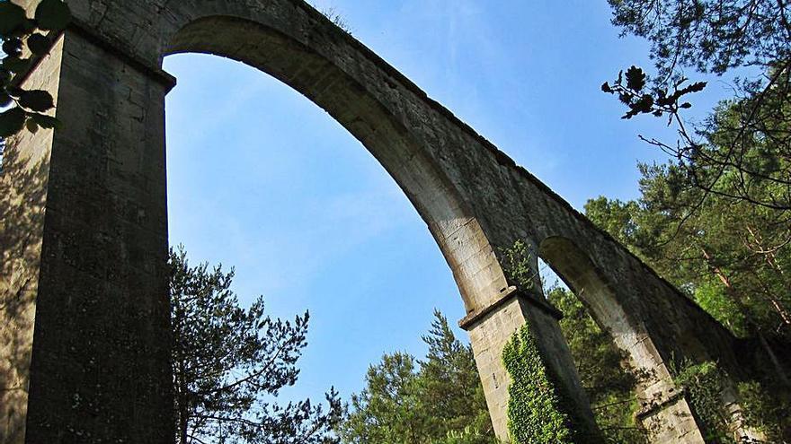 El pont de l'Afrau  i les fonts de Lladurs ja són bé cultural d'interès local