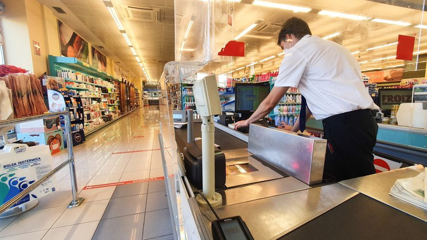 Amenaza de huelga en los supermercados de Castilla y León