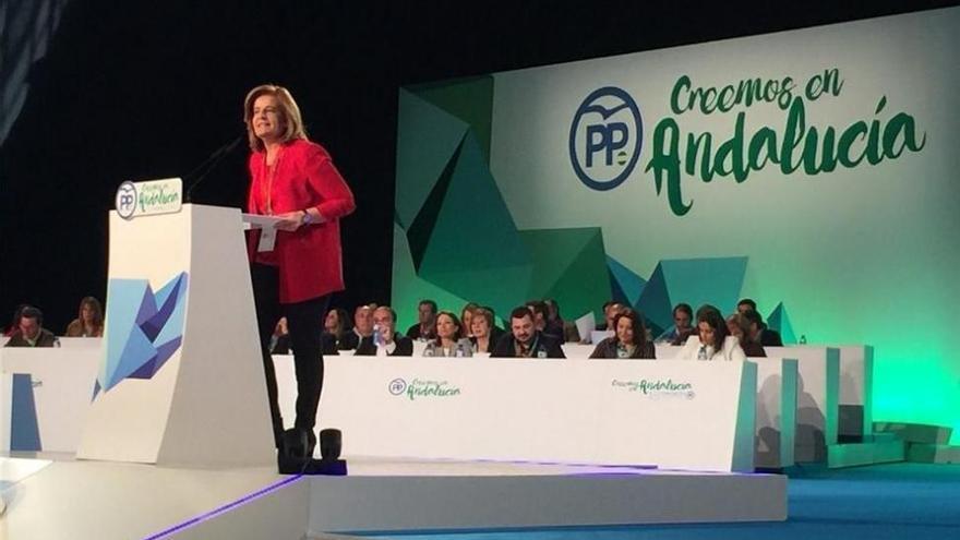 Arranca el congreso del PP-A con la constitución de la mesa, presidida por Fátima Báñez